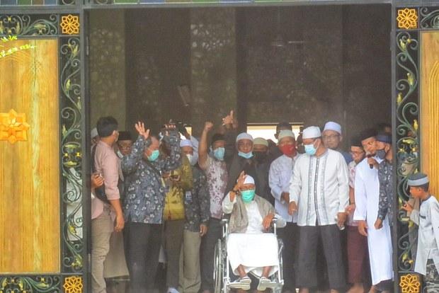 Abu Bakar Ba'asyir Kembali Kepada Keluarga Setelah Bebas dari Penjara