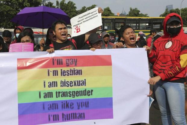 181017_ID_LGBT_1000.jpg