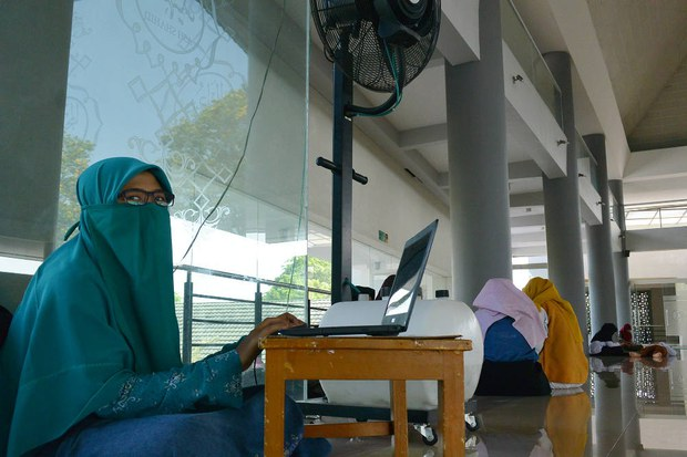 171005_ID_Niqab_1000.jpg
