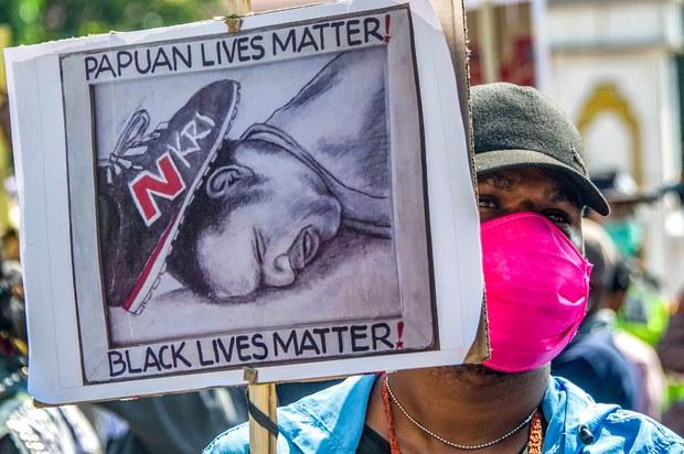 TNI Minta Maaf, Pecat 2 Komandan, Usai Prajuritnya Lakukan Kekerasan terhadap Warga Papua